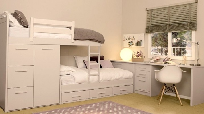 Двухуровневая кровать для школьников
